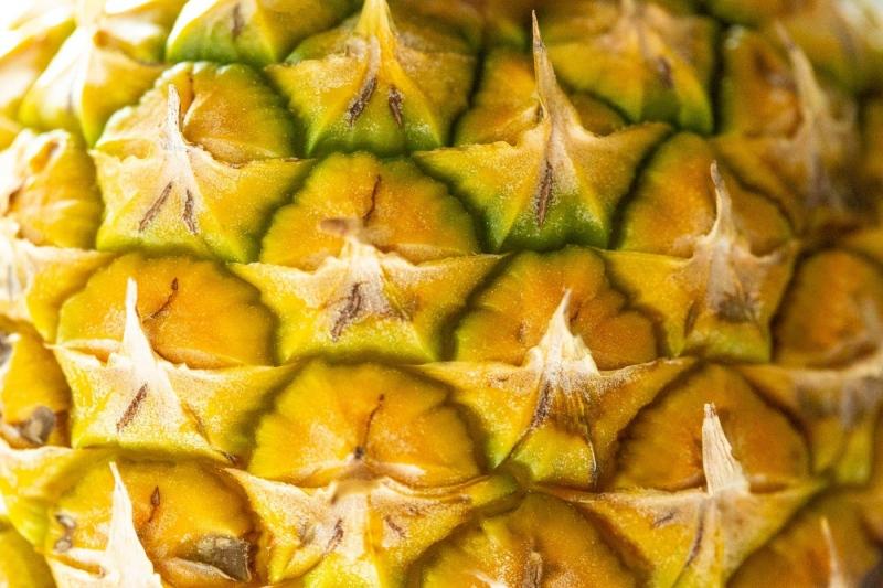 007-Pineapple-closeup