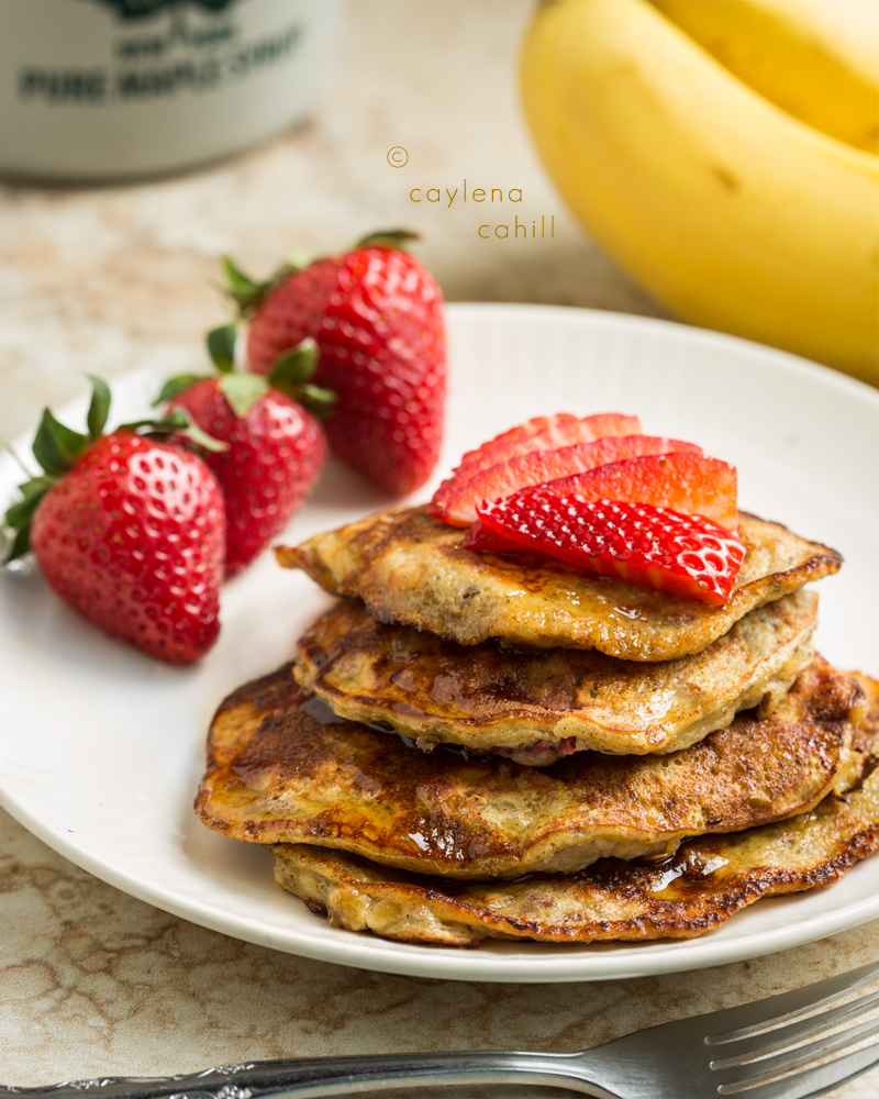 Paleo Trials: Flourless Pancakes