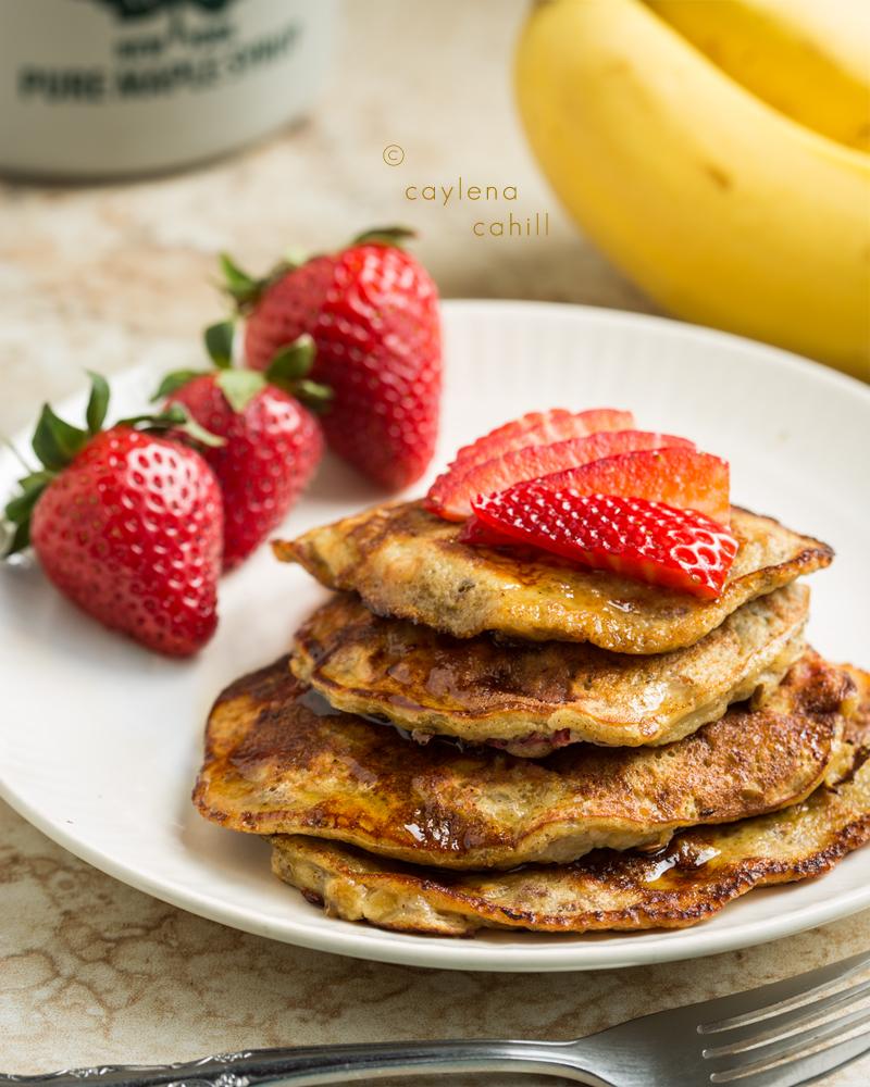 Paleo Trials: Flourless Pancakes